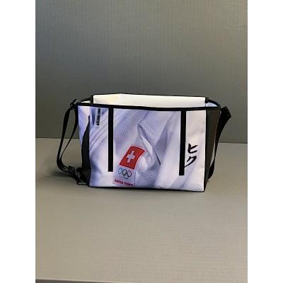 HIKU Messenger Bag - handmade in Switzerland